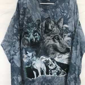 Urban Outfitters Tops - VTG Wolves graphic T-shirt